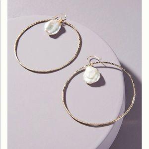 Anthropologie Lauryn pearl hoop earring